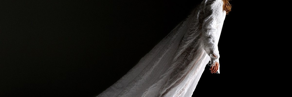 17/07/2010  -  France  -  Axelle LAGIER  - (Etude sur l'expressionnisme) Choregraphie de Tatiana JULIEN. - Studio LBproduction  - Date: 25/07/2010  - © Laurent PAILLIER All Rights reserved Laurent Paillier / Le Pictorium  Axelle LAGIER. -  17/07/2010  -  France  -  Axelle LAGIER - (Etude sur l'expressionnisme) Choreography by Tatiana JULIEN. - Studio LBproduction - Date: 25/07/2010  - © Laurent PAILLIER All Rights reserved   -  Laurent Paillier / Le Pictorium